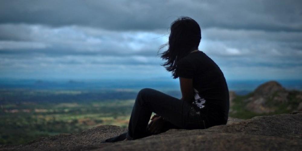 أدمنت العزلة (1)