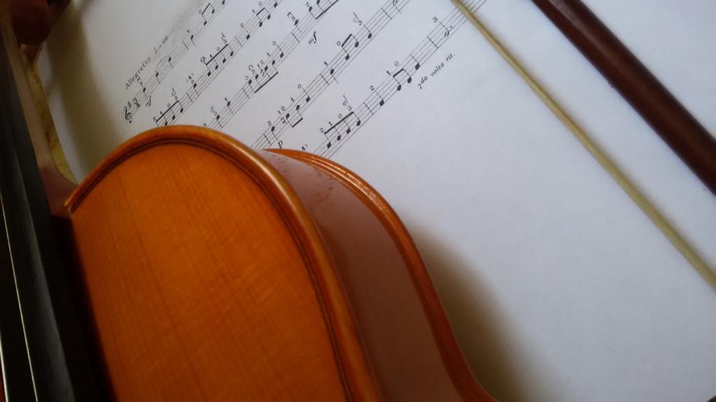 Minuet Bach Suzuki book volume. 1